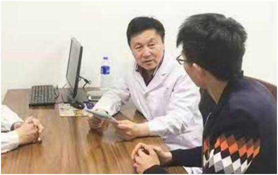 首都医科大学附属北京天坛医院谢玉民教授来河南省医药院附属医院亲诊
